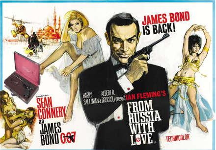 From Russia With Love filminde James in sağ kolu bir çantaydı...