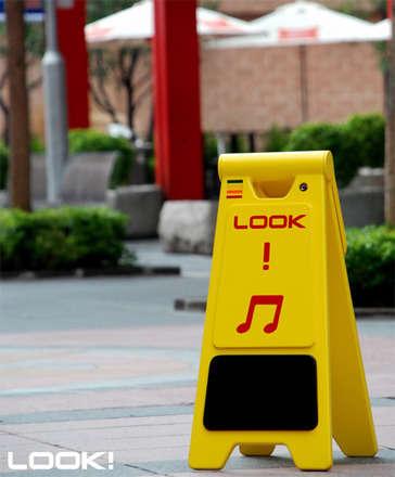 Dikkat! Müzik.