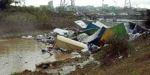 Sel felaketi büyük şirketleri de etkiledi