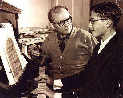 David ve babası Peter Helfgott