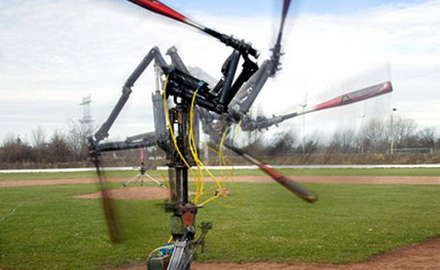 Beyzbol oynayan robot
