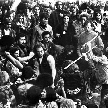 Jefferson Airplane konseri sırasında çıkan kavga