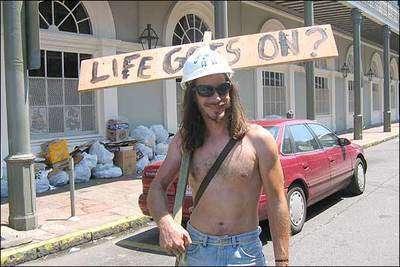 hayat devam ediyor/life goes on