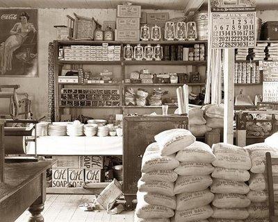 o günlerden bir bakkal dükkanı