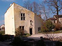 Doğduğu varsayılan ev. Günümüzde müze olarak kullanılıyor.